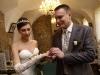 svadebnaja-ceremonija-v-belom-zale-zamok-sychrov