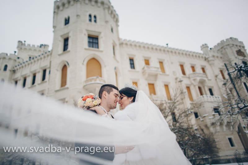 Wedding-in-Hluboka-Castle-12