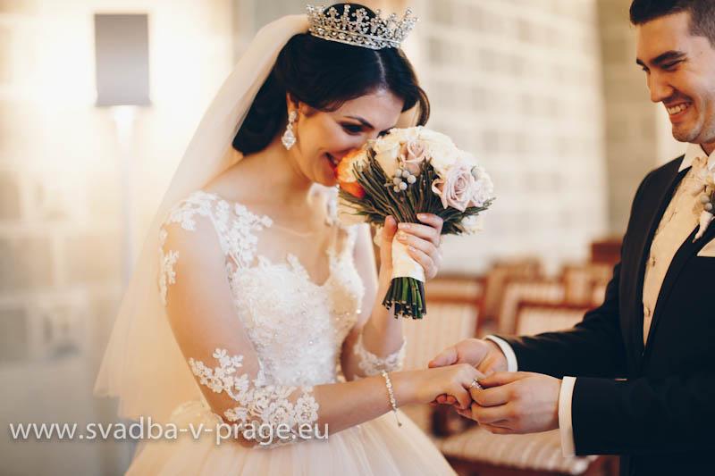 Wedding-in-Hluboka-Castle-6